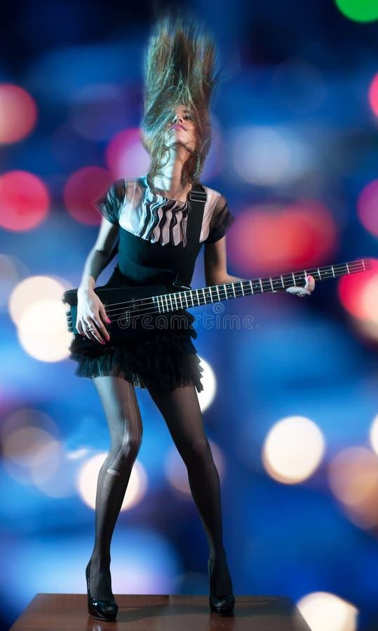hippie rocker γυναίκα στοκ φωτογραφία με δικαίωμα ελεύθερης χρήσης