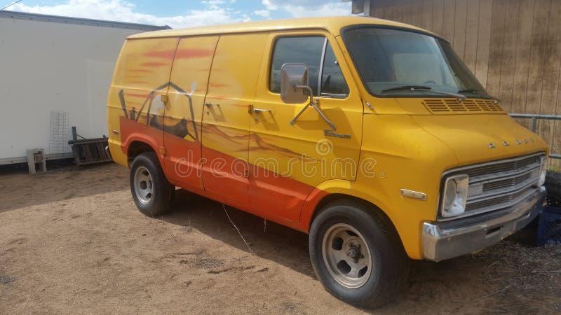 Hippieskåpbilen royaltyfri fotografi