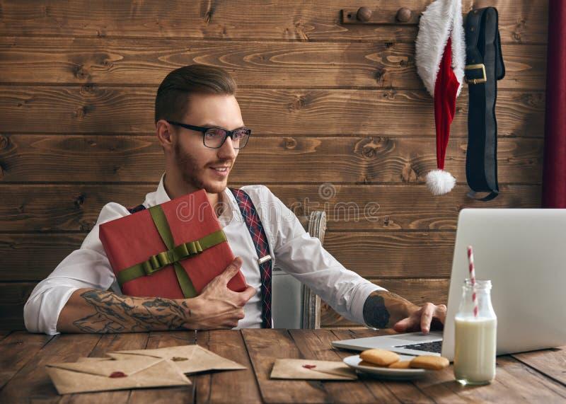Hipster νέος Άγιος Βασίλης στοκ εικόνες με δικαίωμα ελεύθερης χρήσης