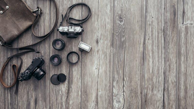 Hipster freelance fotograaf stock afbeeldingen