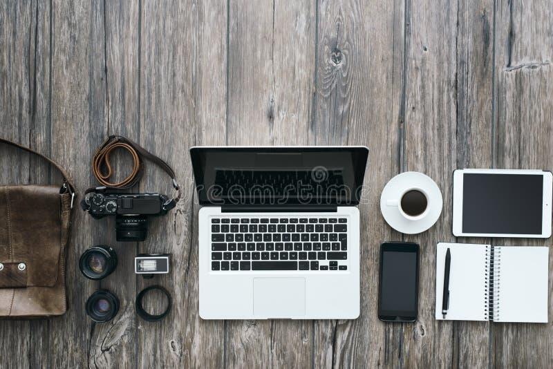 Hipster freelance fotograaf stock fotografie