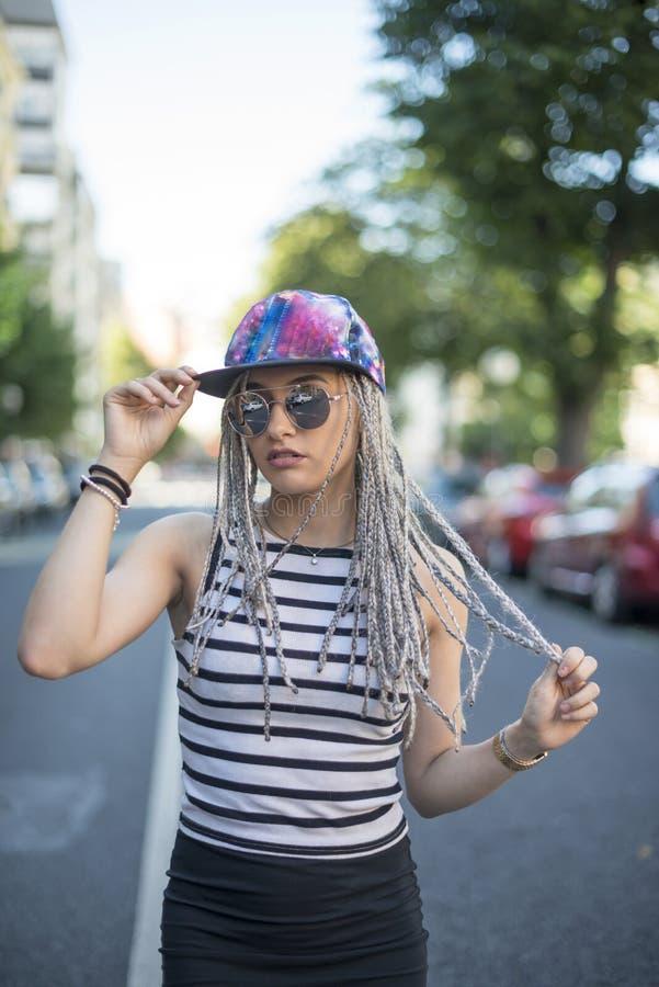 Hipster jonge vrouw royalty-vrije stock fotografie