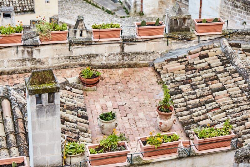 Hisnande sikt av den forntida staden av Matera, sydliga Italien royaltyfri foto