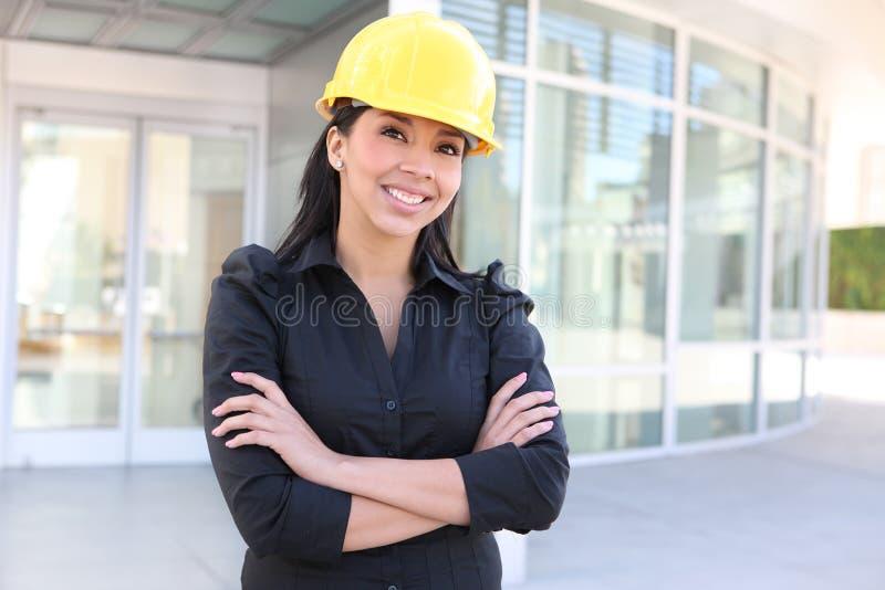 Hispanischer Frauen-Architekt stockfotos
