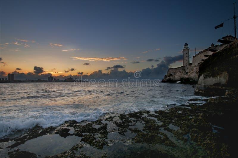 Hispanisches Festung EL Morro im Havana-Schachteingang stockfotografie