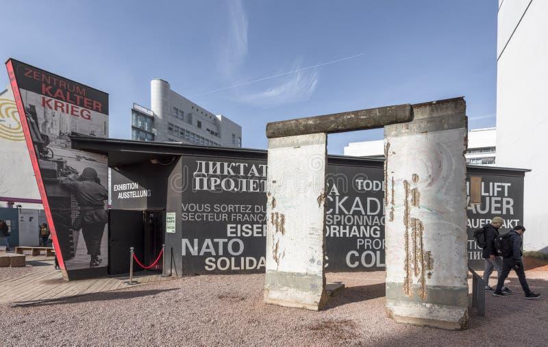 A história de Berlin Wall imagem de stock