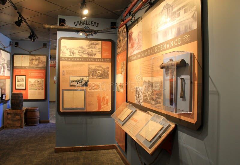 A história disse através das fotos e dos produtos manufaturados, museu delével do canal, Rochester, New York, 2017 foto de stock royalty free