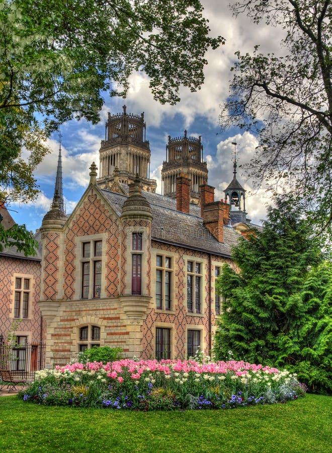 Histirical hotell Groslot i Orleans, Frankrike arkivbilder