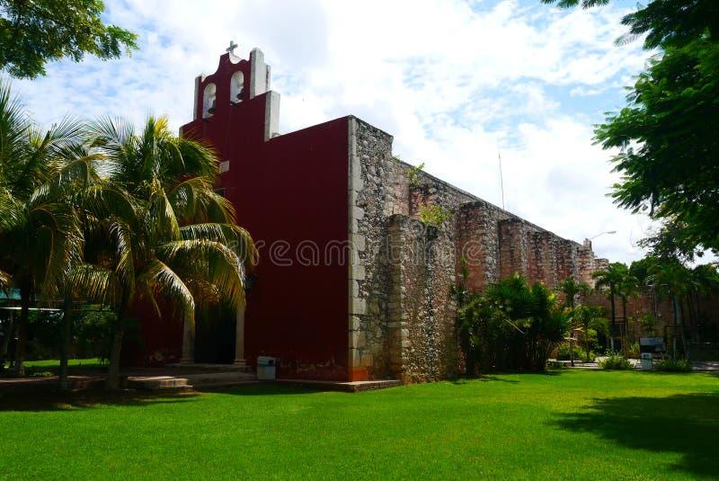 Historia mexicain d'architecture de Merida Churbunacolonial d'église photographie stock