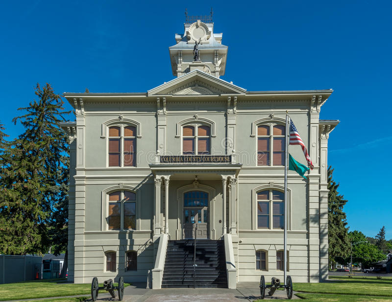 Historic Columbia County Courthouse in Dayton Washington. Cannons at the entrance to the Columbia County Courthouse in Dayton Washington royalty free stock images