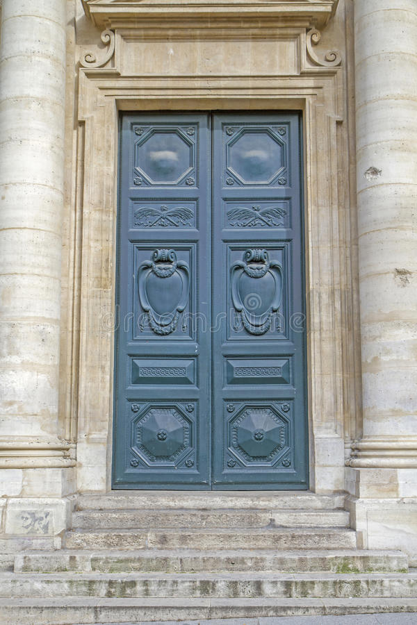 Free Historic Door With Steps Royalty Free Stock Images - 25287829
