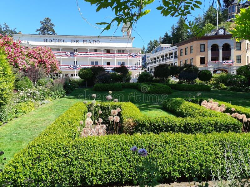 Historic Hotel de Haro en el puerto de Roche fotografía de archivo libre de regalías