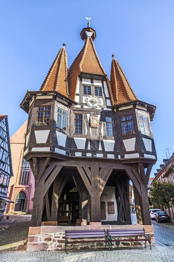 Singles michelstadt Singles über 40 in Michelstadt | Kostenlose Singlebörse & Partnersuche