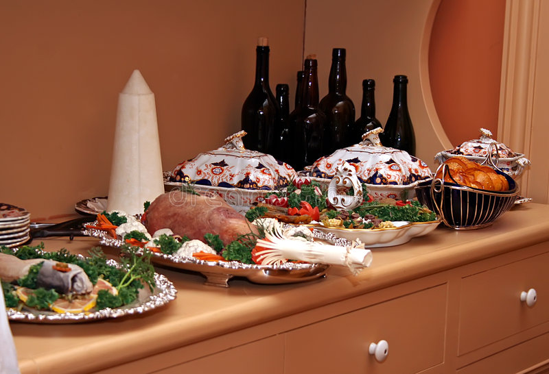 Download Historic Victorian Meal Of Christmas. Royalty Free Stock Photos - Image: 7198798