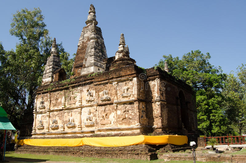 Download Historic Wat Chet Yot stock photo. Image of horizontal - 28856302