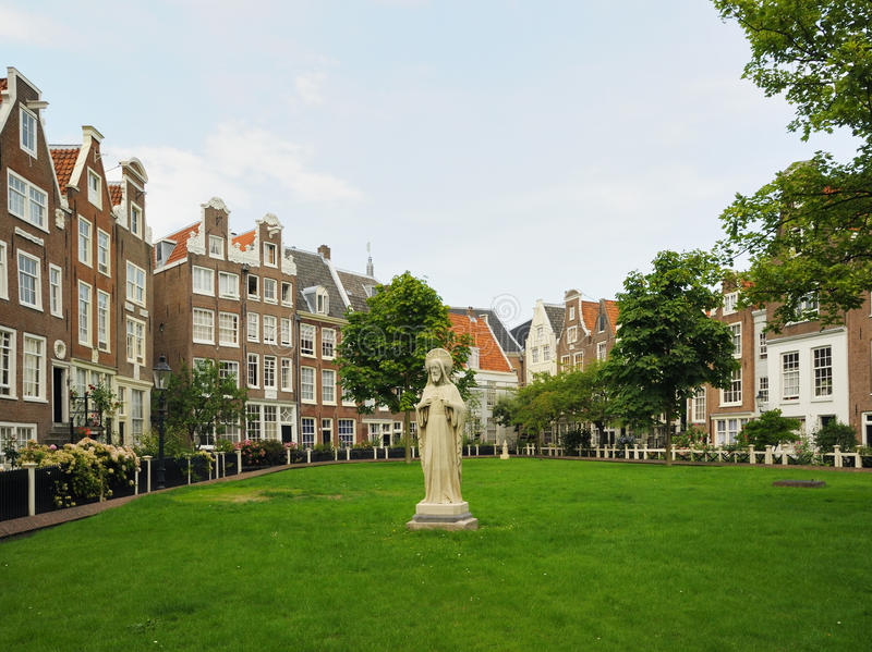 Download Historical Area In Center Of Amsterdam Stock Image - Image: 26698221
