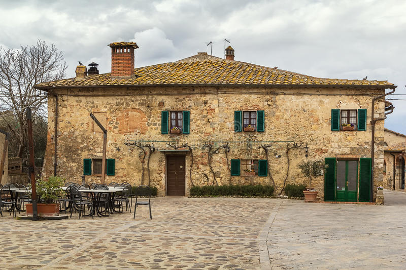 Historical house, Monteriggioni, Italy royalty free stock photos