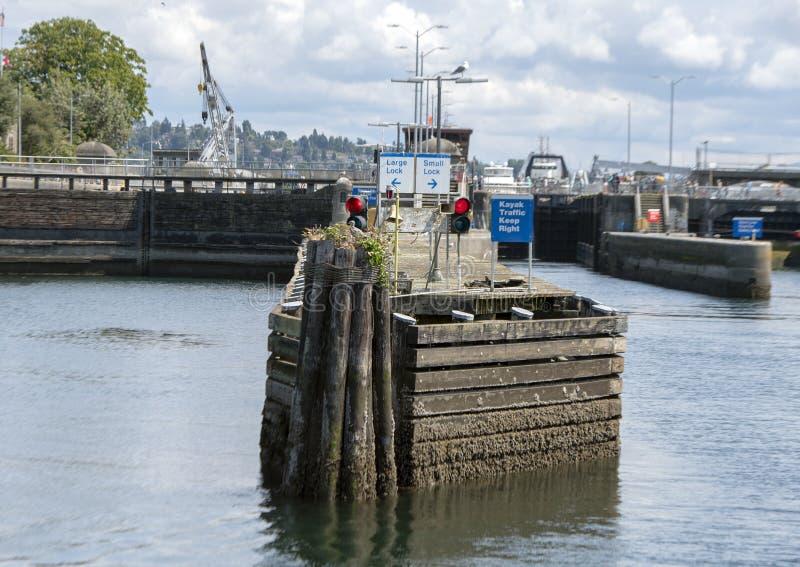 Historisch Ballard Locks op het het westeneind van Salmon Bay het Meer Washington Ship Canal in van Seattle, Washington stock afbeeldingen