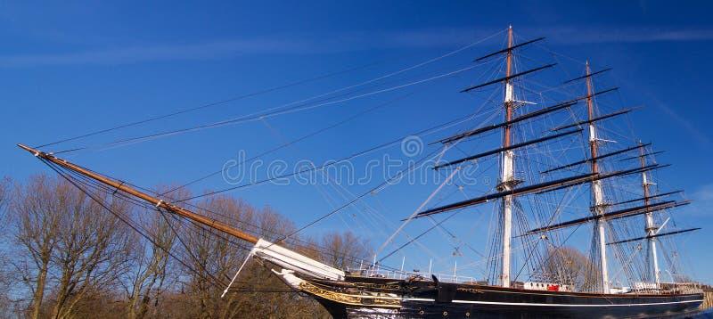 Historisch Brits die schip in dok in Londen Europa Groot-Brittannië wordt geparkeerd royalty-vrije stock afbeeldingen