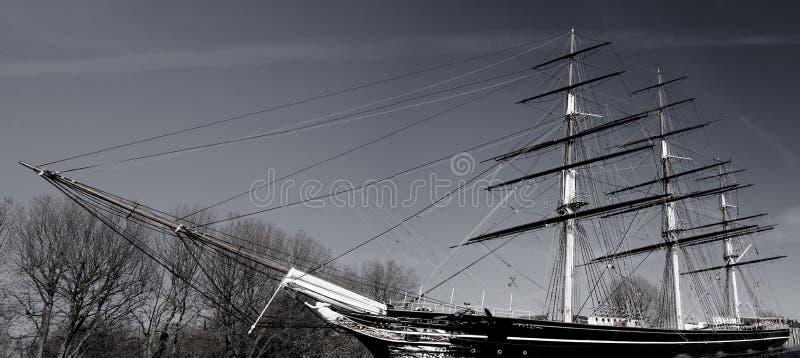 Historisch Brits die schip in dok in Londen Europa Groot-Brittannië wordt geparkeerd royalty-vrije stock fotografie