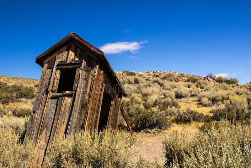 Historisch Mijnbouwbijgebouw in Siërra Nevada Ghost Town royalty-vrije stock fotografie