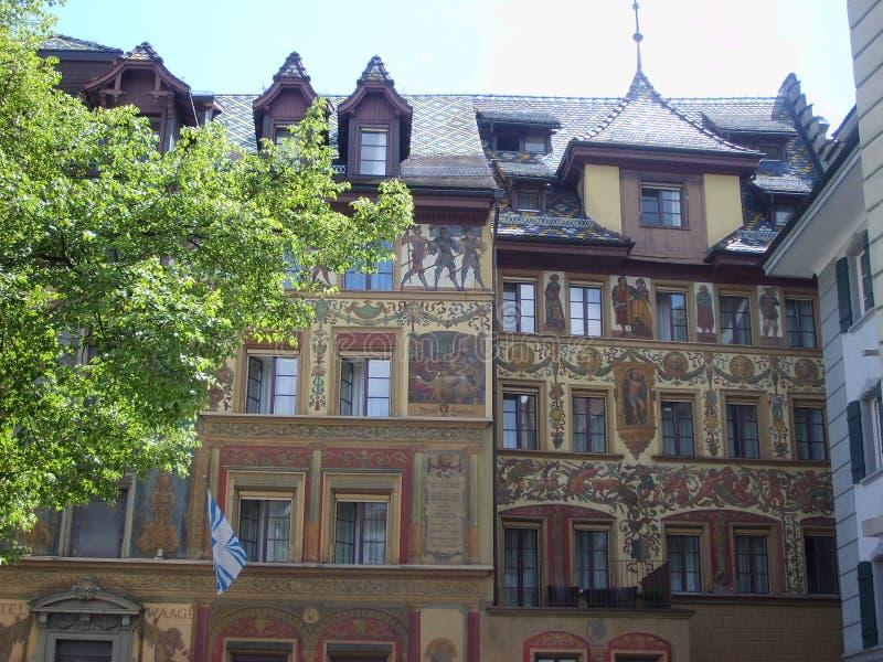 Historisch stadscentrum van Luzerne met mooie beaildings, Luzern, Zwitserland stock afbeeldingen