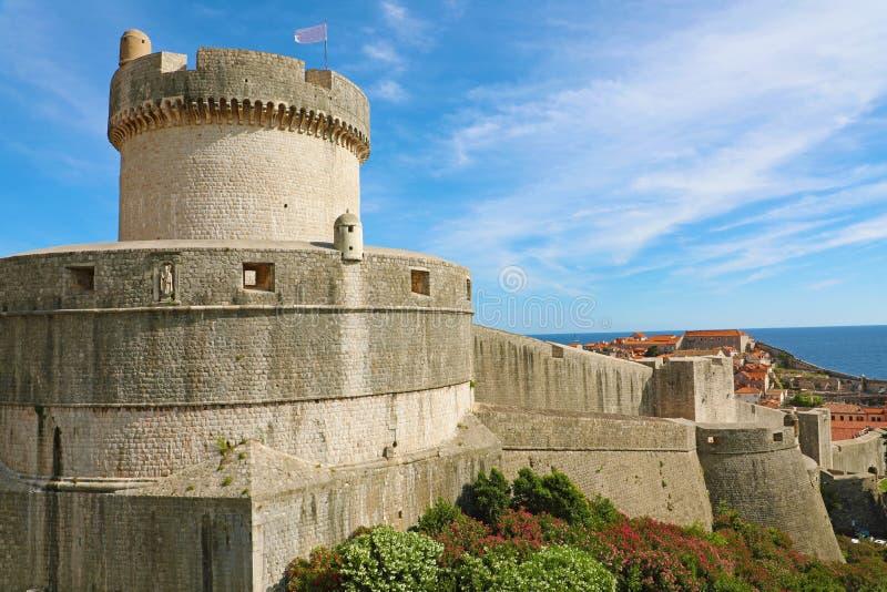 Historische Architektur in der alten Stadt Dubrovnik, ber?hmter Stadtmauermarkstein in Kroatien, Europa stockfotos