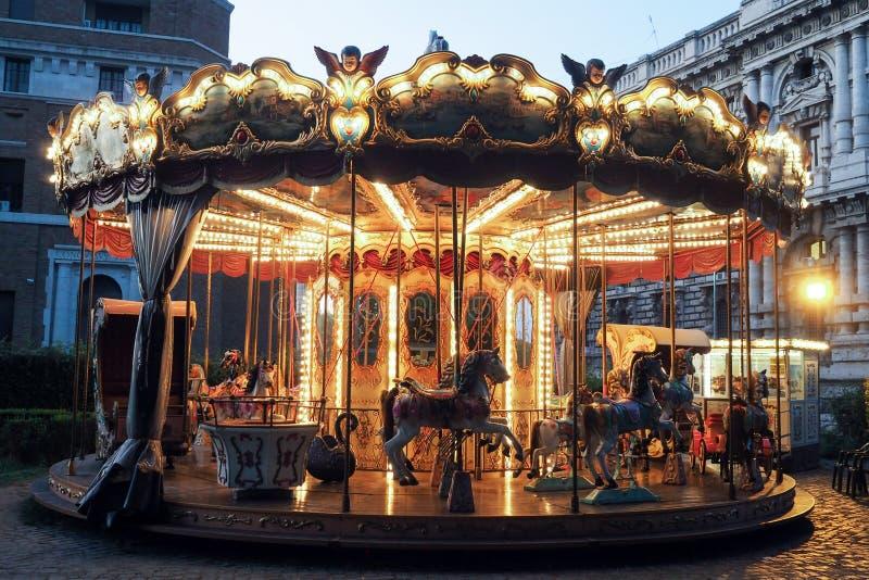 Historische Carrousel in Adriano Parc in Rome royalty-vrije stock fotografie