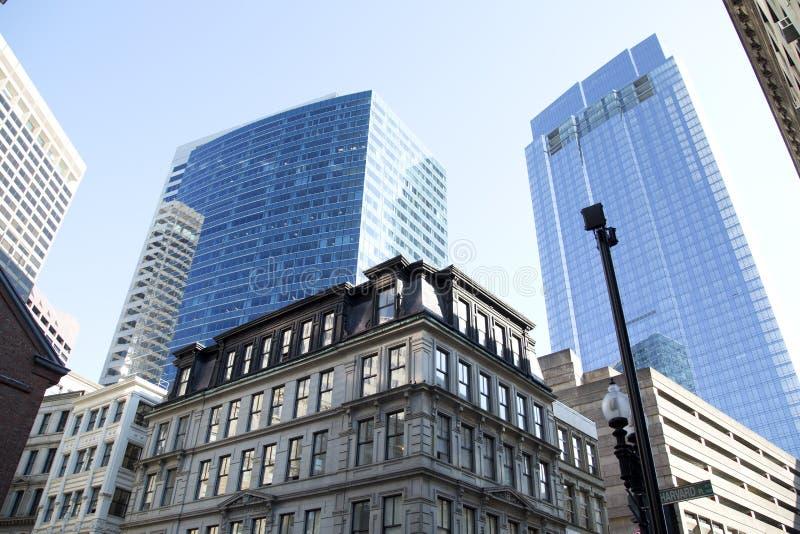 Historische en moderne gebouwen in Boston van de binnenstad stock afbeelding