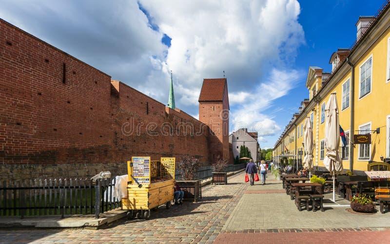 Historische Gebäude in altem Riga stockfoto