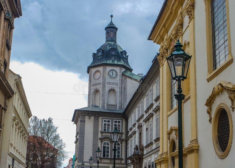 Historische Gebäude in der alten Stadt Pilsens Plzen, Tschechische Republik lizenzfreie stockfotografie
