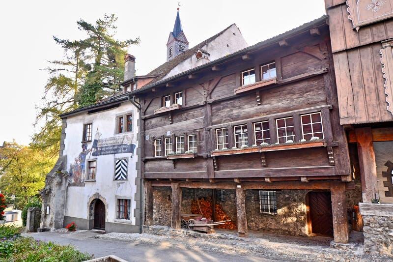 Historische gebouwen in de stad Buchs in Zwitserland royalty-vrije stock foto's
