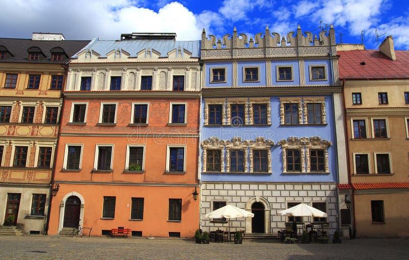 Historische gebouwen van de oude stad in het historische Grote Marktvierkant in Lublin royalty-vrije stock foto's