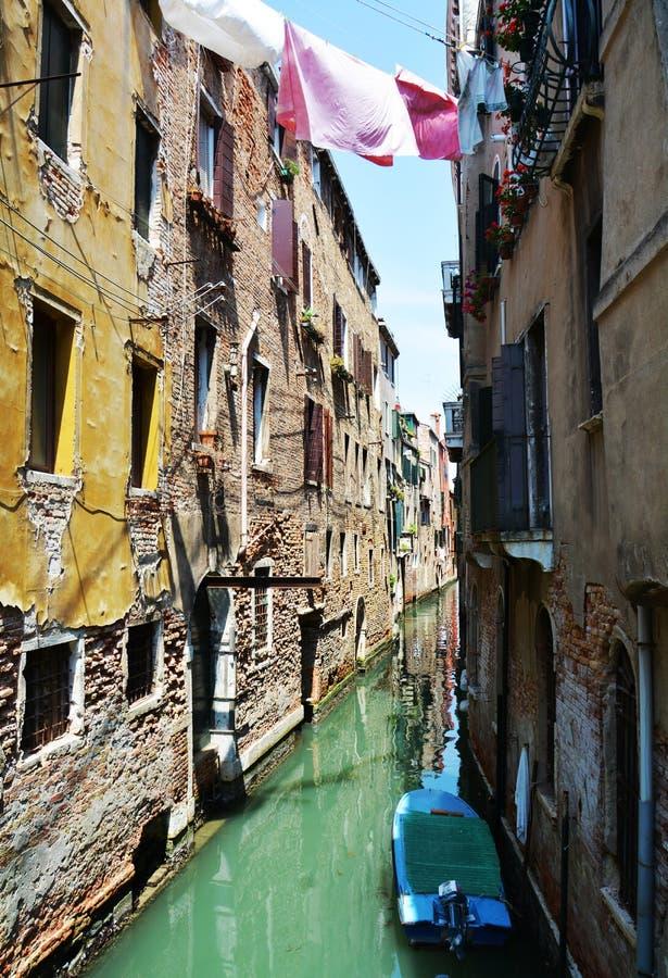 Historische gebouwen, water in Venetië, in Europa royalty-vrije stock afbeeldingen