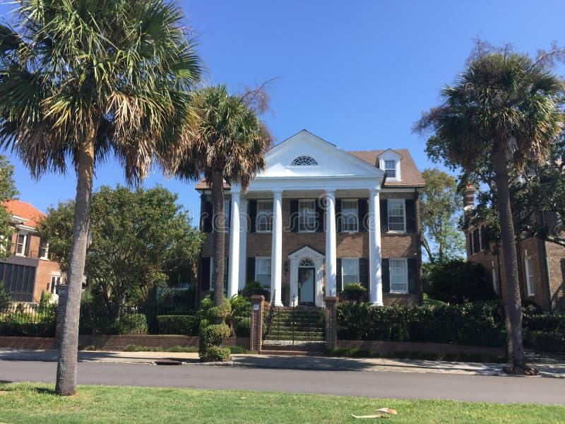 Historische Häuser auf Murray Blvd, Charleston, Sc lizenzfreies stockbild