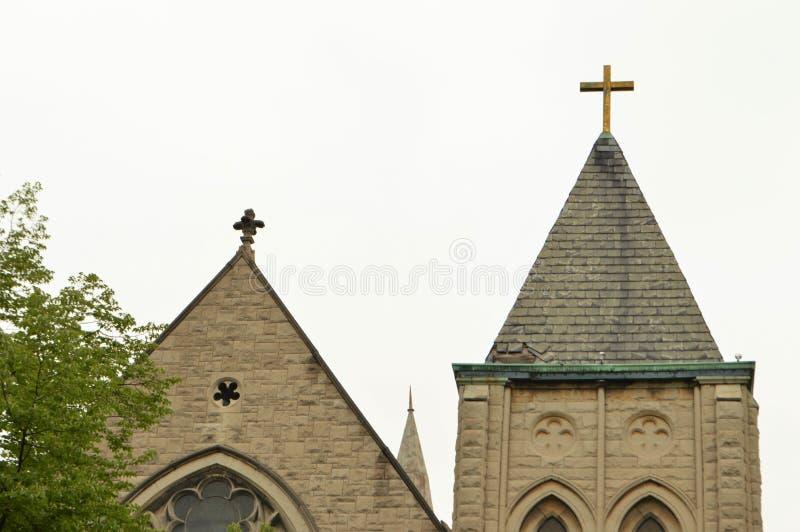 Historische Kerktorenspits met Kruis royalty-vrije stock foto