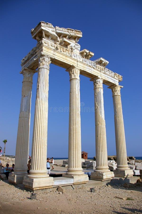 Historische kolom van Tunesische acropol stock fotografie