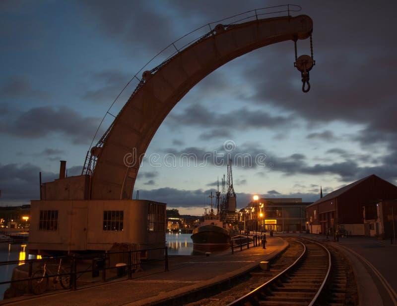 Historische Kraan in Bristol Dockyard, Engeland stock afbeeldingen