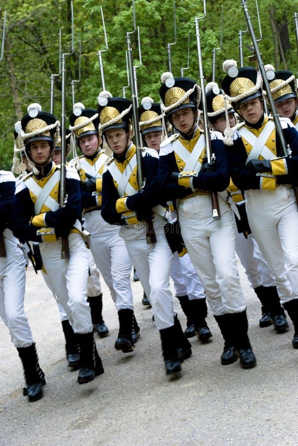 Historische legerparade stock foto