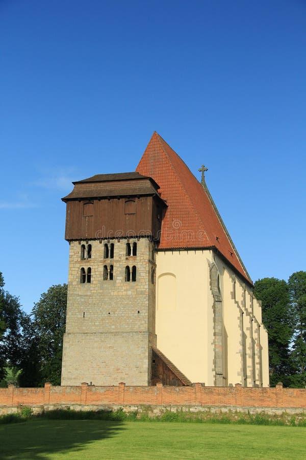 Historische romanic kerk van SV Jilji in Milevsko, Tsjechische republiek royalty-vrije stock foto