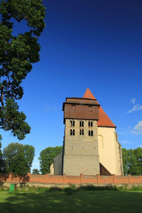 Historische romanic kerk van SV Jilji in Milevsko, Tsjechische republiek stock afbeelding