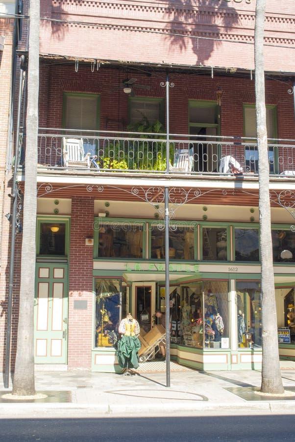 Historische Sigarenstad Ybor De oude historische bouw, Franse klerenwinkel stock fotografie