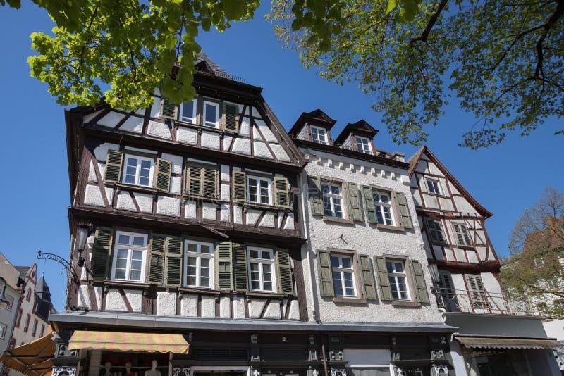 Historische stad bensheim in hesse Duitsland met gejankwijngaarden royalty-vrije stock foto's