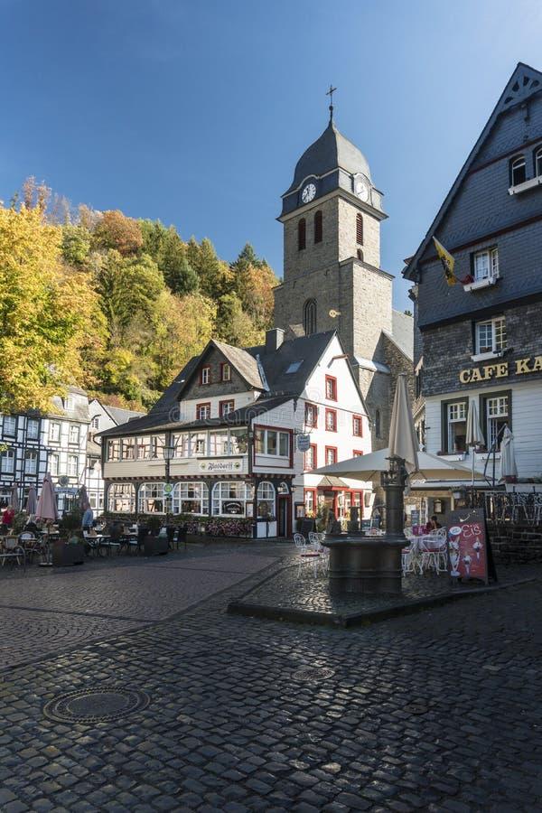 Historische stad van Monschau, Duitsland stock afbeeldingen