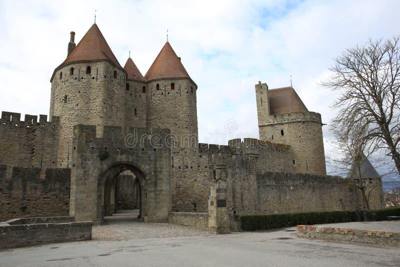 Historische stadspoort in Carcassonne, Zuid-Frankrijk stock afbeeldingen