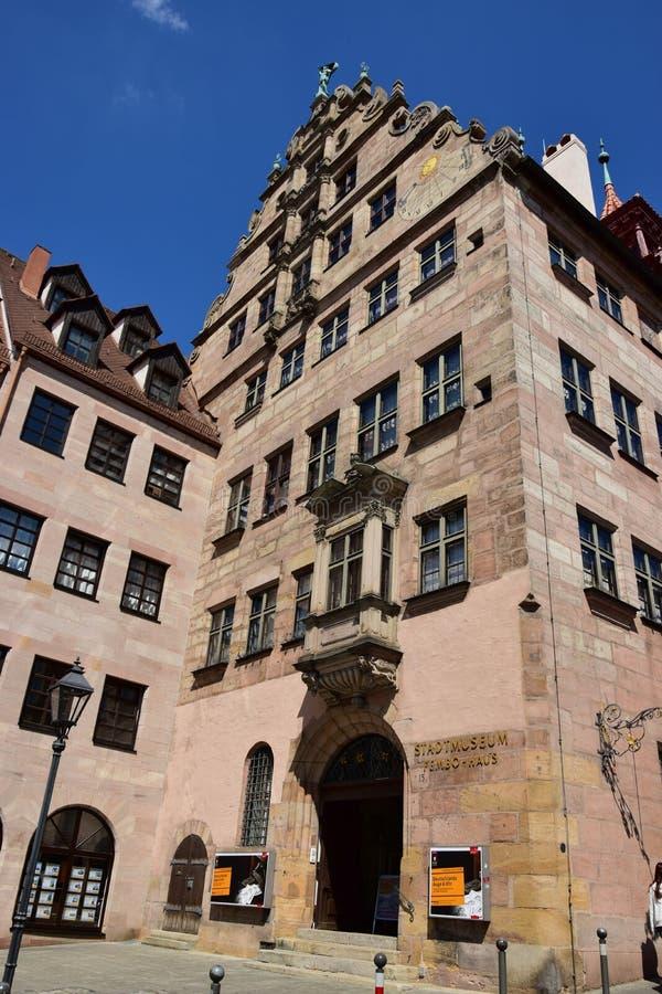 Historische STADTMUSEUM FEMBO HAUS in Nurenberg, Duitsland stock afbeeldingen