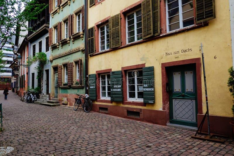 Historische Straat in Freiburg, Duitsland royalty-vrije stock afbeelding