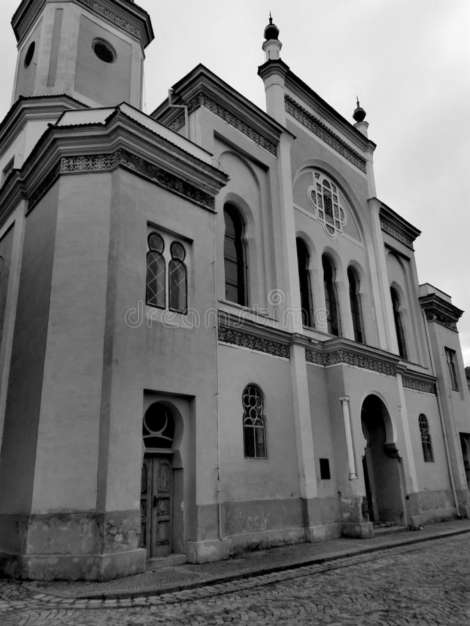 Historische synagoge stock afbeelding