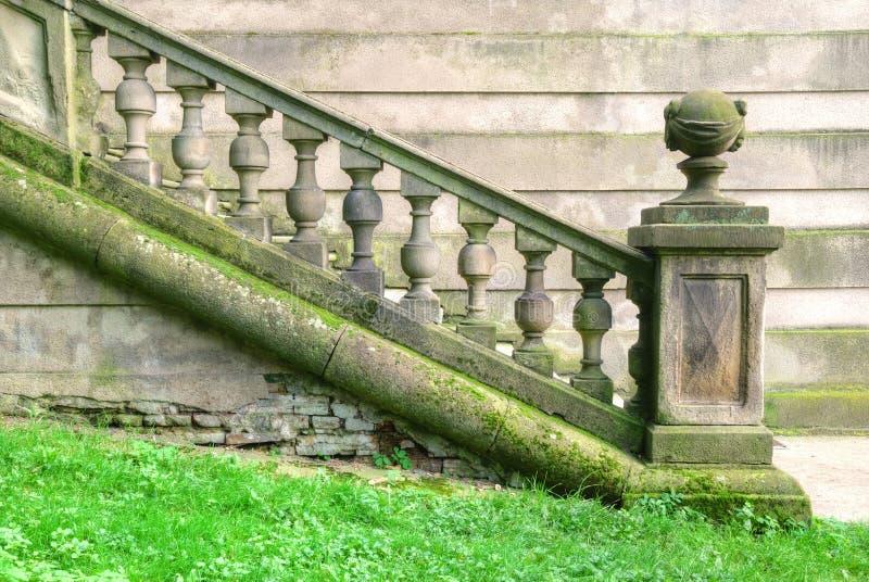 Historische trap met barokke balustrade stock foto's