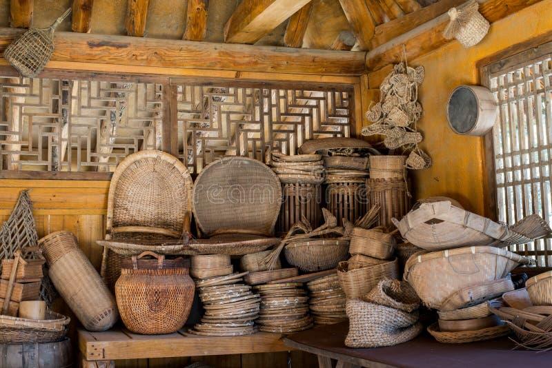 Historischer Bambus spann Korbwarenfilmkulisse in Korea lizenzfreie stockfotografie